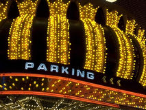 有停车符号的维加斯大门罩 免版税库存图片