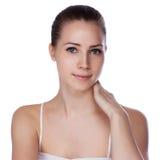 有健康皮肤的年轻美丽的妇女 免版税库存图片