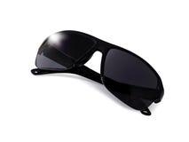 有光的反射的新的太阳镜在白色backgr的 免版税库存图片