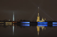 有光的夜城市 库存图片