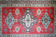 有全国东方人的老地毯 免版税库存照片