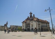 有全国历史和考古学博物馆的奥维迪乌广场在老镇康斯坦察 库存照片