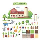 有农舍的平的庭院 库存图片