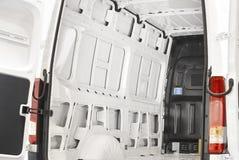 有准备好的开门的空的搬运车被装载 免版税库存图片