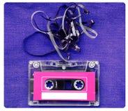 有减去的卡型盒式录音机磁带录音在被构造的蓝色 免版税库存图片