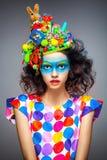 有创造性的流行艺术构成的妇女 免版税库存照片