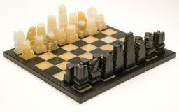 有到位西洋棋棋子的大理石棋枰 免版税图库摄影