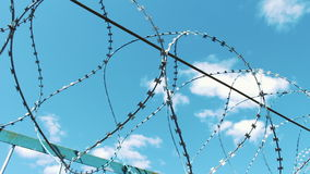 有刺的范围电汇 自由的剥夺地方  监狱疆土 防护逃命 罪行,欺骗 监狱 股票录像