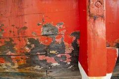 老红色小船关闭 库存图片