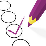 有勾子的紫色铅笔 库存照片