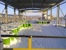 有化工试剂的钢鼓 化学药剂存贮的机盖  库存图片