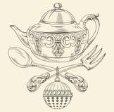 有匙子和叉子的茶罐 免版税库存照片