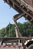 有卸车的卡车拖车 免版税库存图片