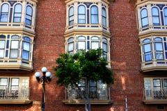 有历史大厦的门面 图库摄影