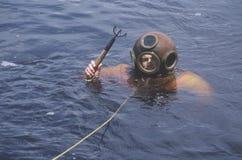 有历史的希腊海绵潜水员 免版税库存图片