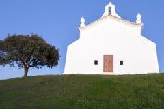 有历史的教会在Castro, Verde,阿连特茹,葡萄牙 免版税库存图片