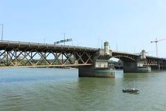 有历史的桥梁 免版税库存照片