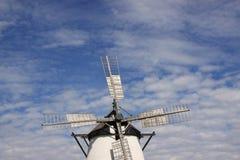 有历史的风车 免版税库存图片