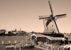 有历史的schans风车zaanse 图库摄影