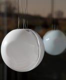 有反射的大圆的天花板灯 库存照片