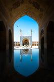 有反射的Emam清真寺 伊斯法罕 伊朗 库存照片