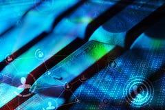 有发光的社会网络象的键盘 图库摄影