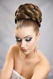 有发型和构成的女孩 免版税库存照片