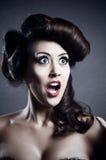 有发型的惊奇的妇女 免版税库存图片