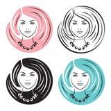 有发型的美丽的妇女 免版税库存照片