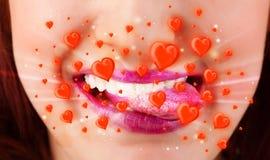 有可爱的红色心脏的俏丽的夫人嘴唇 免版税库存照片