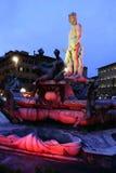 有启发性的广场SIGNORIA海王星喷泉 免版税库存图片