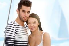 有吸引力的夫妇夏天画象  免版税图库摄影