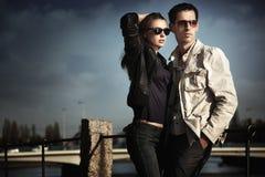 有吸引力的夫妇年轻人 图库摄影