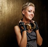 有吸引力的女孩耳机废物蒸汽 库存照片