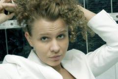 有吸引力的妇女年轻人 免版税库存图片
