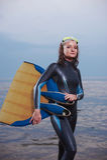 有吸引力的快乐的潜水员纵向妇女年&# 免版税库存图片