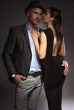 有吸引力的性感的夫妇在浪漫夜 库存图片
