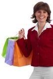有吸引力的白种人购物时髦的妇女 免版税库存照片