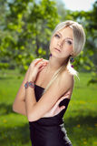 有吸引力的纵向妇女年轻人 图库摄影