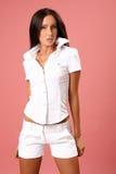 有吸引力的美丽的模型衬衣空白年轻人 图库摄影