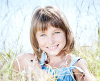 有吸引力的美丽的玩偶女孩年轻人 库存图片