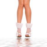 有吸引力的行程袜子白色womans 免版税图库摄影