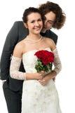 有吸引力的年轻新婚的夫妇 免版税库存照片