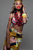 年轻美好的非洲时装模特儿。 免版税库存图片