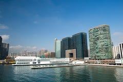 有和平的俱乐部和门户的维多利亚港口 免版税库存照片