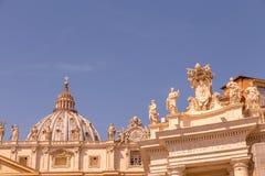 有圆屋顶的梵蒂冈 库存照片