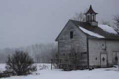 有圆屋顶的老佛蒙特木谷仓 库存照片