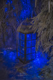 有圣诞灯的一个大灯笼 库存图片