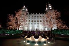 有圣诞灯的盐湖城寺庙 免版税库存照片