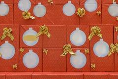 有圣诞礼物特写镜头的箱子 图库摄影